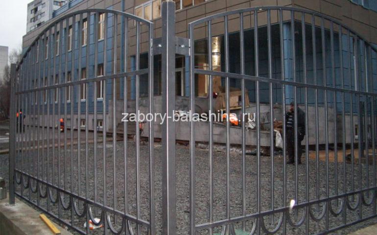 забор из профтрубы в Балашихе